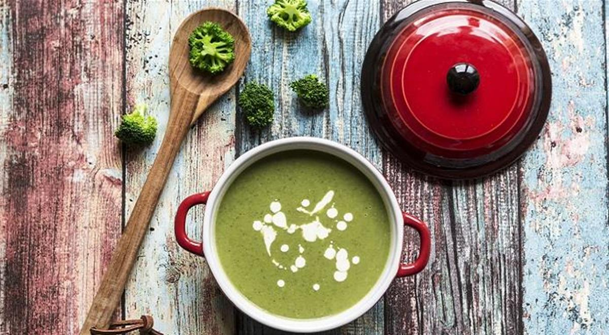 An Easy Homemade Broccoli Soup To Keep You Warm Th...