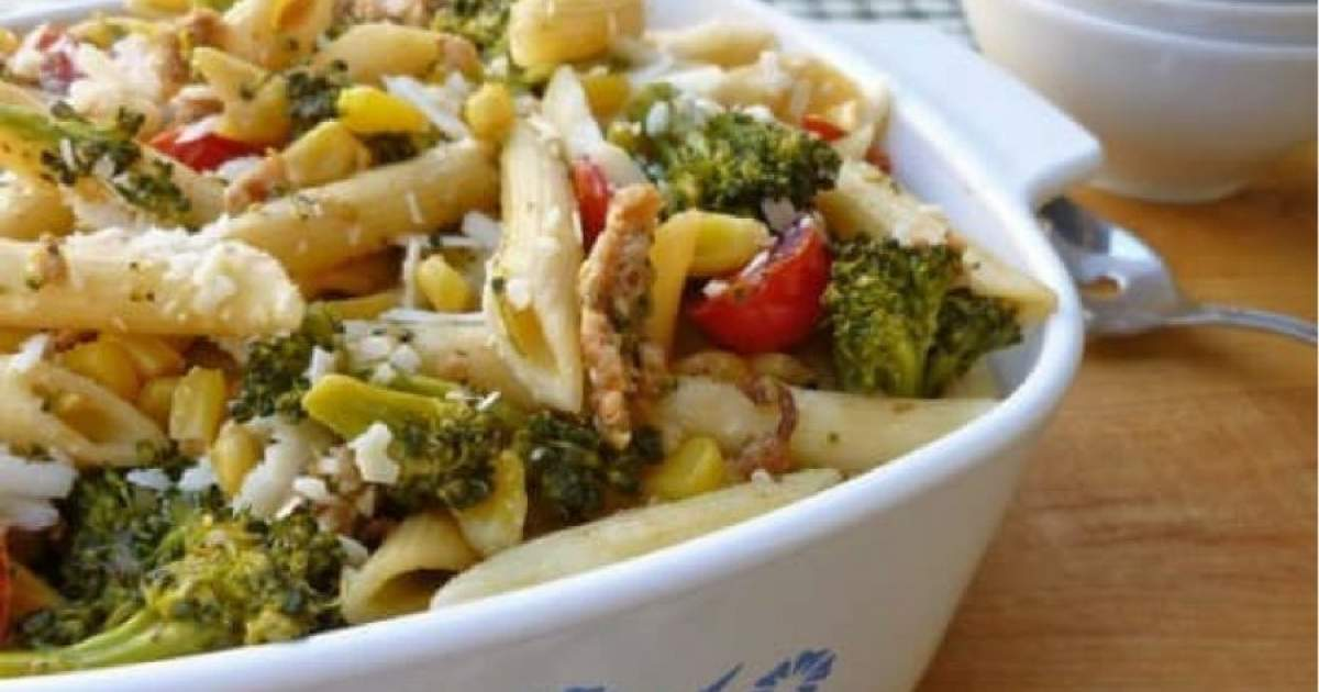 Healthy Sausage Pasta with Vegetables